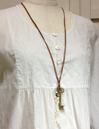 Necklace3395
