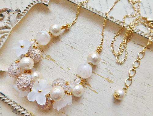 Necklace4715