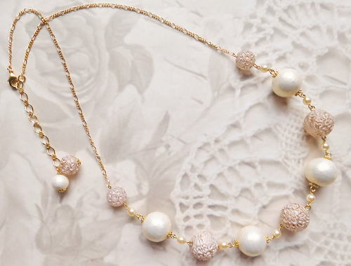 Necklace4772